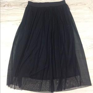 H&M Black Chiffon Midi Skirt